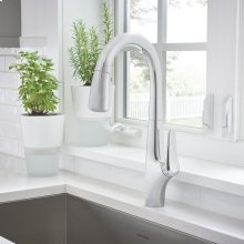Avery Pull-Down Kitchen Faucet  American Standard - Polished Chrome