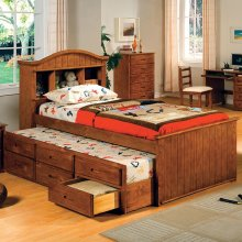 Full-Size Montana I Bed