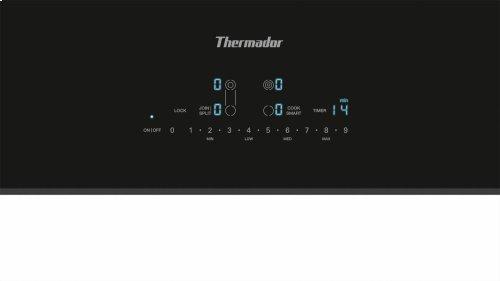 30-Inch Masterpiece® Electric Cooktop CET305TB