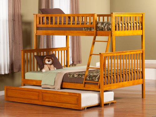 Woodland Bunk Bed Twin over Full with Raised Panel Trundle Bed in Caramel Latte