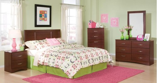 190 Queen Bed, Dresser, Mirror, Chest, and Nightstand