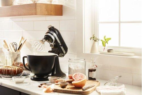 5 Quart Matte Black Ceramic Bowl - Black Matte