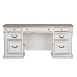 Liberty Furniture IndustriesJr Executive Credenza Top