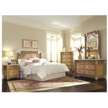 9015 Bedroom Collection