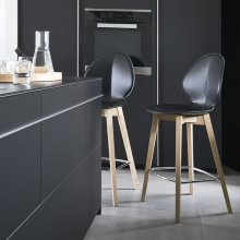 Stool in regenerated leather