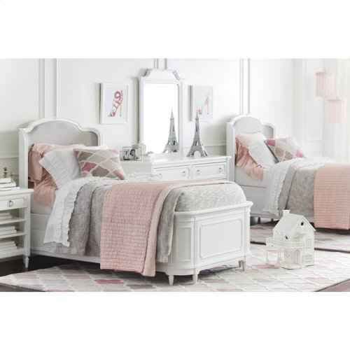 Clementine Court Frosting Twin Shelter Bed
