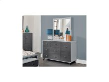6 Drawer Dresser & Mirror