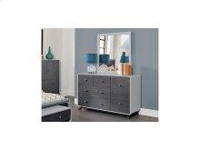 6 Drawer Dresser & Mirror