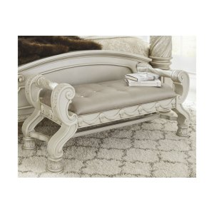 Ashley FurnitureSIGNATURE DESIGN BY ASHLELarge UPH Bedroom Bench