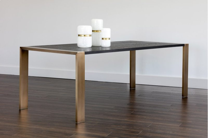 102072 in by sunpan modern home in toronto on dalton dining table