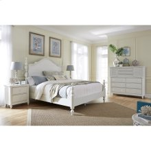 Aspen Retreat 4 Pc. Queen Bedroom - Headboard, Footboard & Rails, Dresser and Mirror