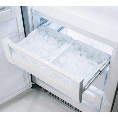 "Professional Built-In 30"" All Freezer - Solid Stainless Steel Door - Right Hinge, Slim Designer Handle"