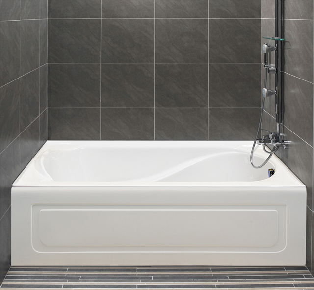 Petunia Bathtub With Integrated Tiling Flange And Integrated Skirt Hidden