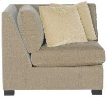 Kelsey Corner Chair in Mocha (751)