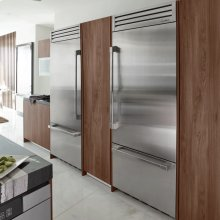 """Discovery 36"""" Integrated Bottom Freezer Refrigerator with Top Compressor, in Stainless Steel with Pro Style Handle - Left Hinge"""