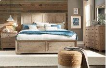Bridgewater Panel Bed w/Storage Footboard, Queen 5/0