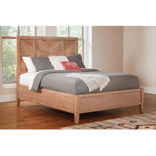 Auburn Rustic Queen Bed