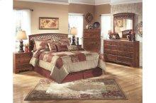 Queen/Full Panel Bedroom Group: Bed, Nightstand, Dresser & Mirror
