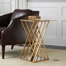 Janina, Accent Table