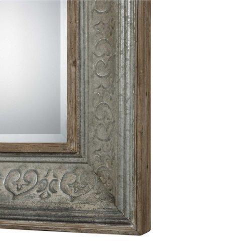 Bianca Mirror