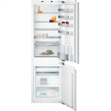 """200 series 200 series two-door bottom freezer without ice maker. Fully integrated Niche width 22 1/4"""" (56 cm)"""