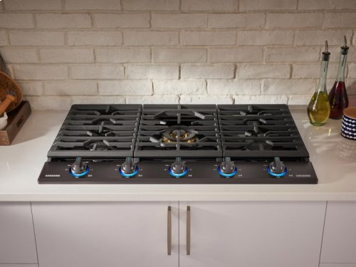 """30"""" Gas Chef Collection Cooktop with 22K BTU Dual Power Burner"""