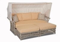 Willow Daybed Product Image