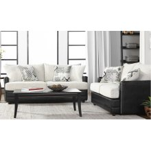 10700 Sofa