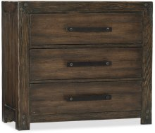 Roslyn County Three-Drawer Nightstand