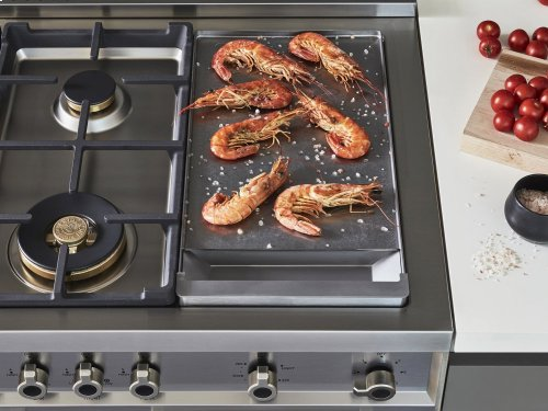 48 inch 6-Burner + Griddle, Gas Double Oven Red