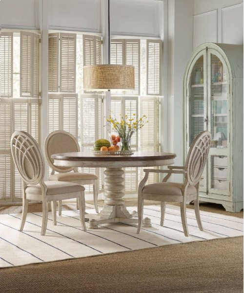 """Sunset Point Pedestal Dining Table with One 18"""" Leaf"""