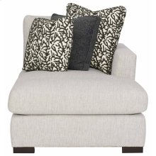 Nicolette Right Arm Chaise in Mocha (751)