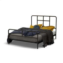 Franklin Regular Footboard Bed - Queen