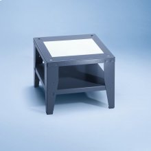 UO 5005-47 Open plinth For ergonomic loading and unloading of the washing machine and dryer.