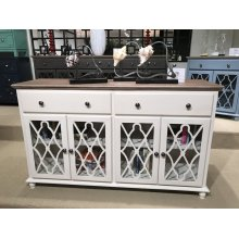 Aurora Hills 2 Door Accent Chest-b. White/bisque