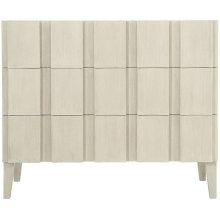 East Hampton Hall Chest in Cerused Linen (395)