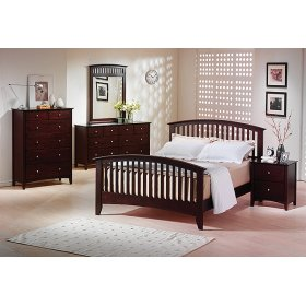 Includes: 5/0 Bed, Dresser, Mirror & Chest