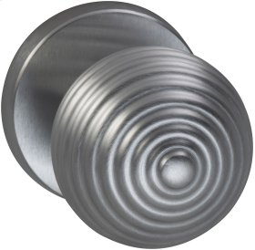 Interior Modern Knob Latchset in (US26D Satin Chrome Plated)