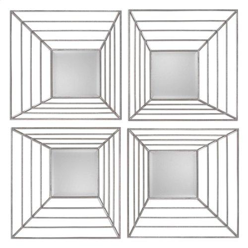 Denain Squares, S/4