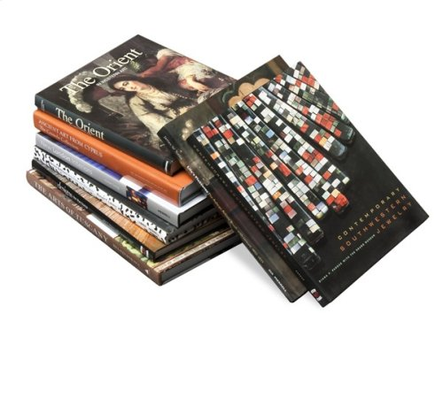 Design Aficionado Coffee Table Books - N