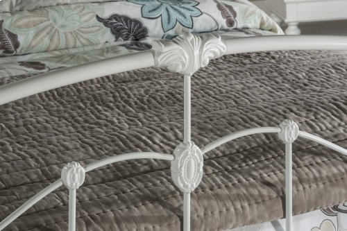 Maddie Queen Bed Set With Rails - Glossy White