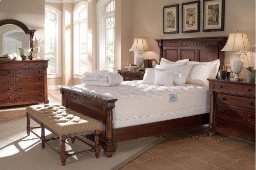 Fredericksburg Panel Bed (King)