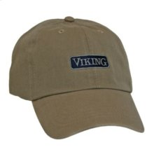 Unstructured cap with two-toned logo