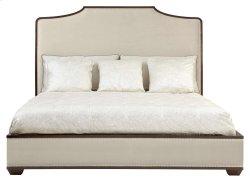 King-Sized Haven Upholstered Platform Bed in Haven Brunette (346)
