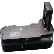 Polaroid Wireless Performance Battery Grip For The Nikon D5100 Digital SLR Camera (PL-GR18D5100)