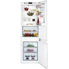 "24"" Bottom Freezer/Fridge 10.5 cuft, fully integrated panel ready, 70""H, 21 1/2""D"