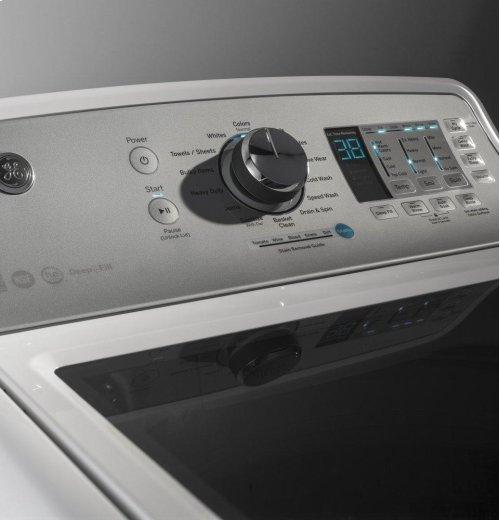 GE® 4.6 DOE cu. ft. stainless steel capacity washer