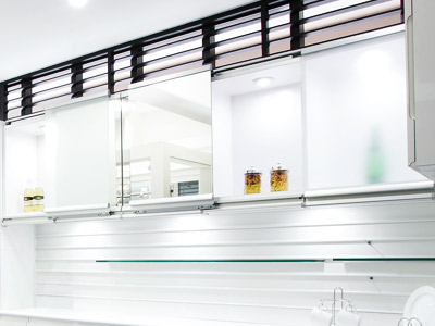 Multimo Flat: Multiple Motion Door System (for Glass Panels)