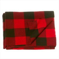 Buffalo Plaid Knit Throw. Product Image