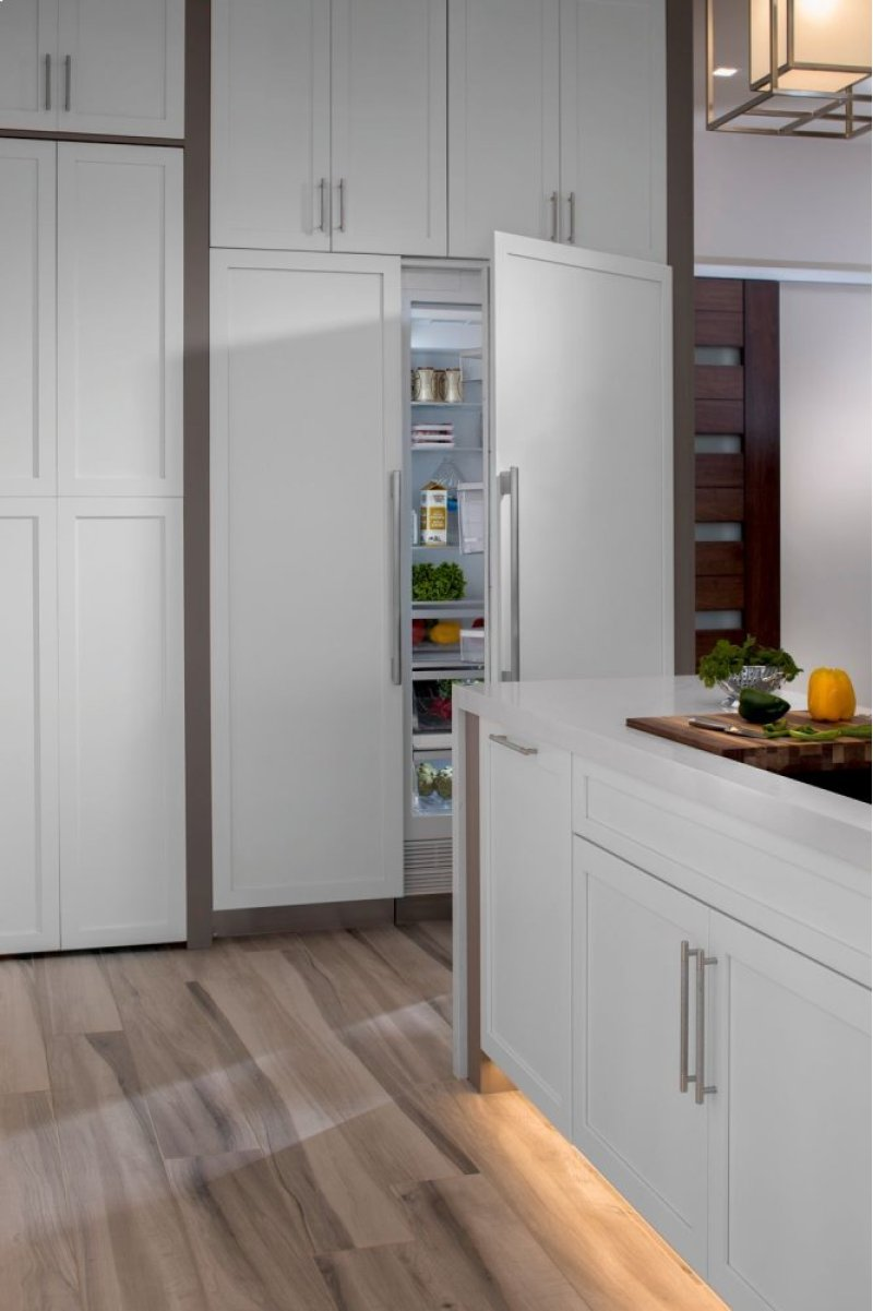 Thermador 48 Range W Built In Fridge Package